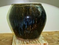 Note the high shoulder combing and 'ash blue' coming through the glaze.