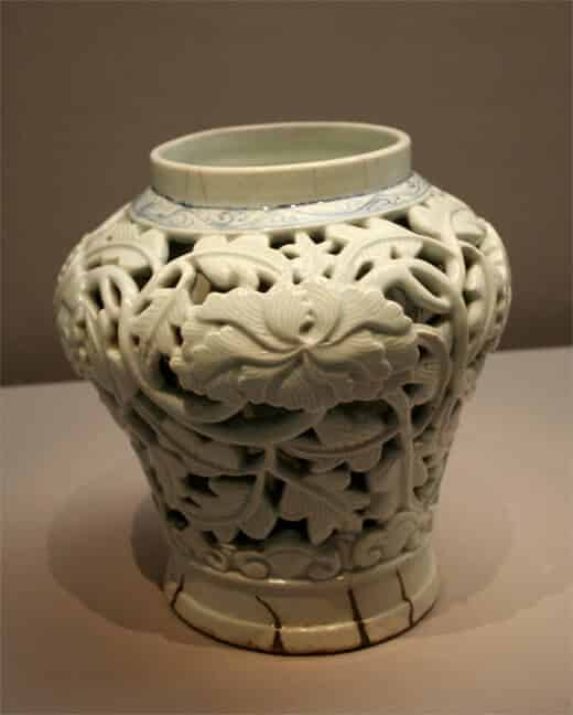 Joseon Dynasty Double Walled Vase 6